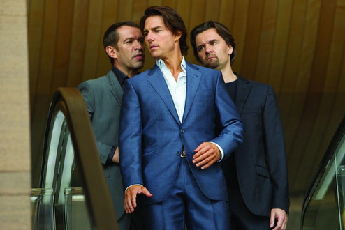 mission impossible ghost protocol  blue suit centre mid image credit paramount pictures Buying a Tailored Suit in Bangkok!